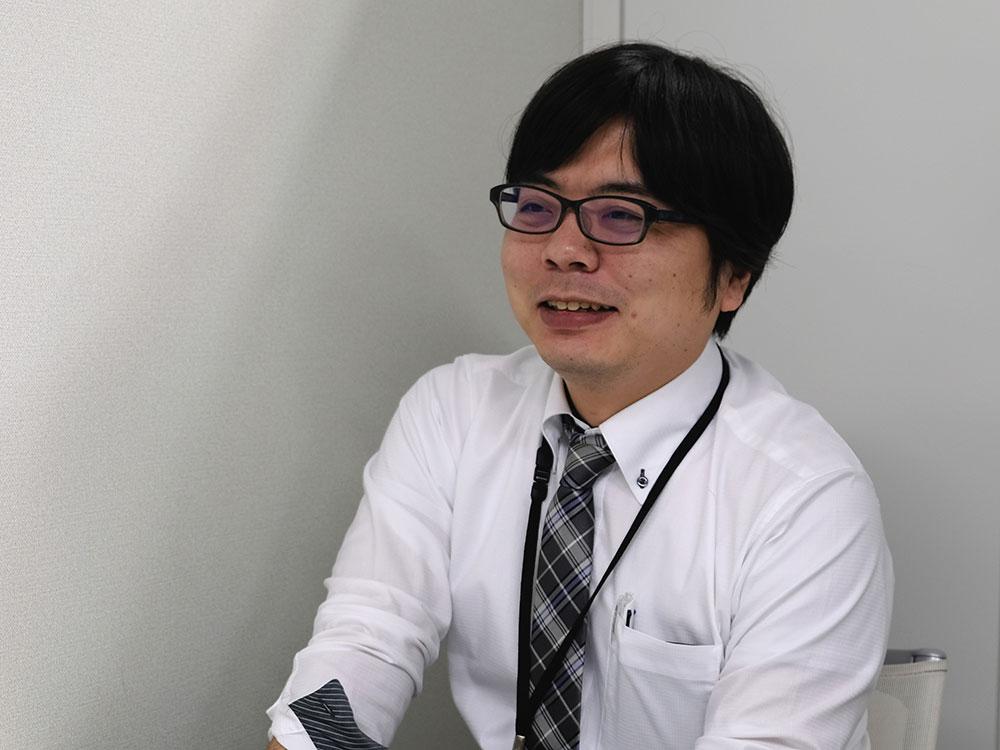 岩本恭平氏